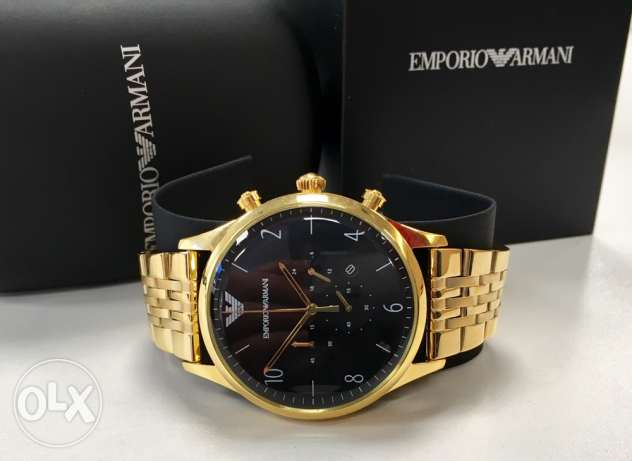 Stunning golden Armani for men (Authentic brand new ma3 shhedeta)