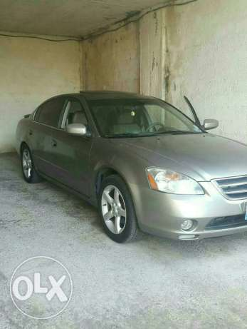 urgent sale or trade Nissan altima 3.5 se