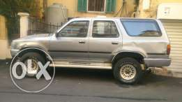 Toyota 4Runner 1995 m3alla 2inches