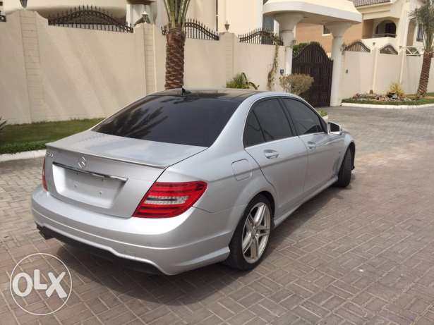 Mercedes C200 Look AMG 2012 Panoramic Xenon Led Sensors ضبيه -  5