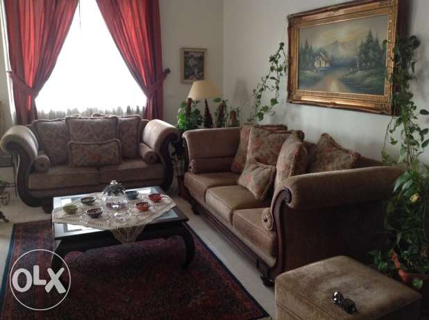 sofas 3 seat and 2 seats الشياح -  1