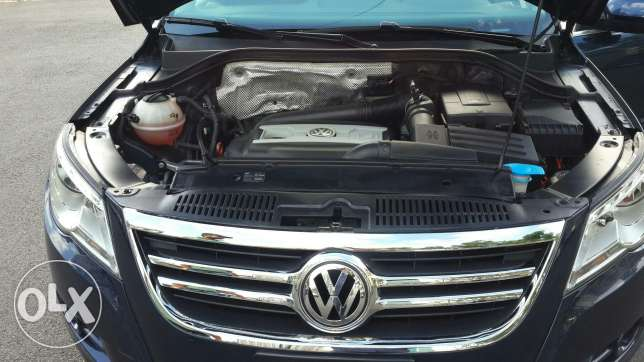 Volkswagen tiguan blue and black leather 2011 أشرفية -  7