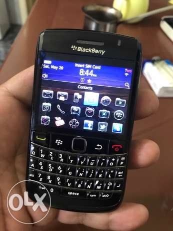 blackberry bold 2 very clean