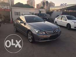 Mercedes E250 Gray 2010 Top of the Line in Excellent Condition!
