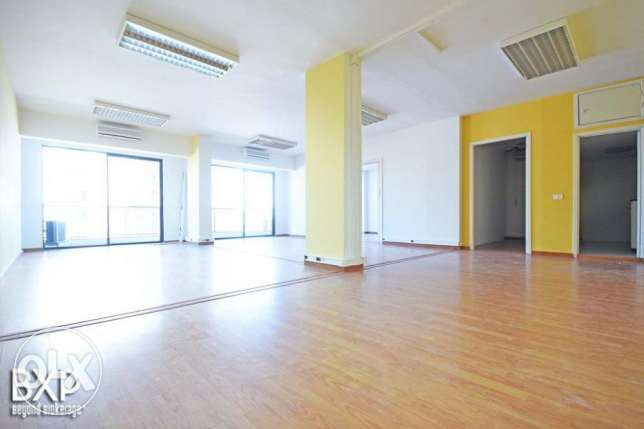 180 SQM Office for Rent in Beirut, Ain El Mraiseh OF5443 راس  بيروت -  2
