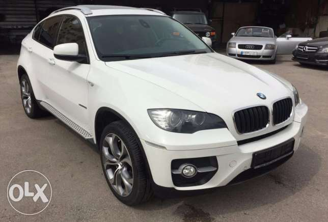 BMW X6 xDrive35i European specs Low mileage Fully loaded Sport Pack !