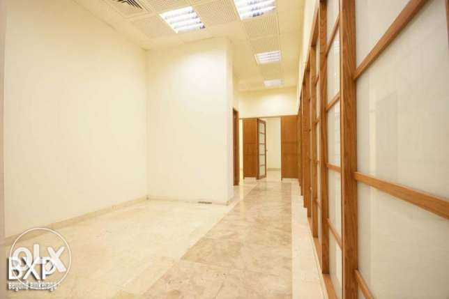 300 SQM Office for Rent in Beirut, Nejme Square OF5350 وسط المدينة -  4