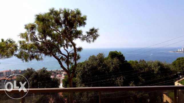 270 m2 apartment for sale in Haret Sakher (sea view)