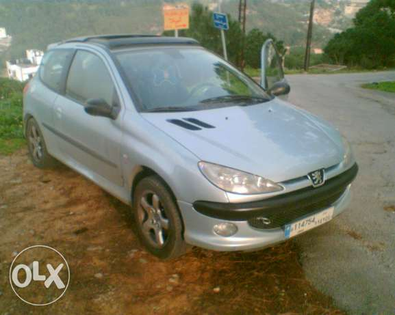 GT I S 16 In good condition full option برج حمود -  2