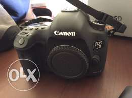 canon 5d mark iii new + 24-105 mm + battery ... excellent condition