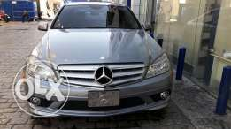 Mercedes C300 Model 2010, Look AMG, Ajnabieh from USA, Clean Car Fax