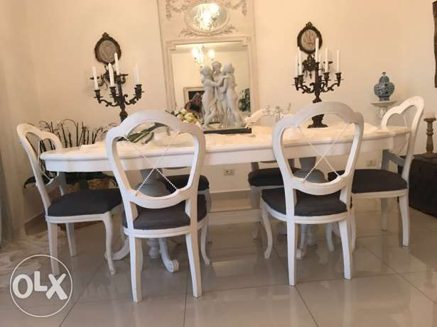 white dining table + 6 chairs