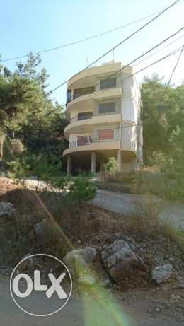 Building for sale in konnabet Broummana بصاليم -  4