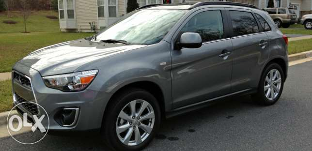 Mitsubishi Outlander sport 2011 very clean