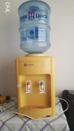 Water dispenser cooler and heater