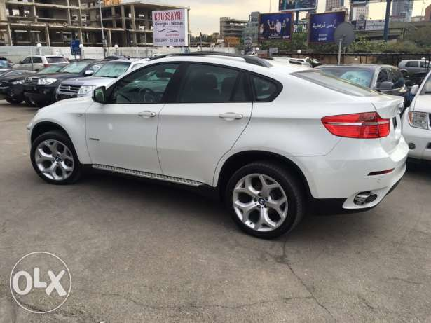 BMW X6 White 2011 Top of the Line in Excellent Condition! بوشرية -  4
