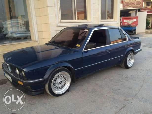 BMW 325 3lyha mouteurr 328