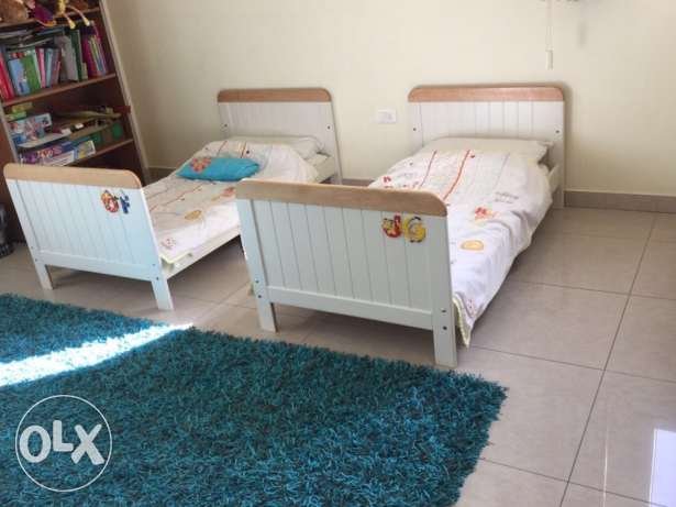 Baby and toddler bed