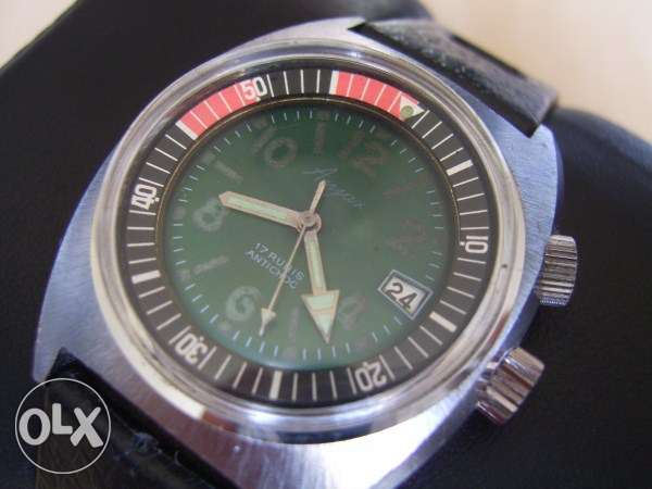 Vintage 1960's ANYAX French diver's manual watch - Excellent Condition
