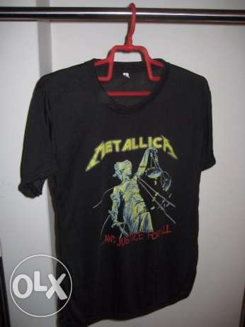 shirt metallica color black - size small
