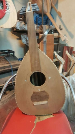 Aoud cedar with oak wood new and super sound