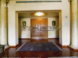630 SQM Apartment for Rent in Beirut, Ramlet Al-Bayda AP2815