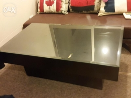 Middle Table in a good condition