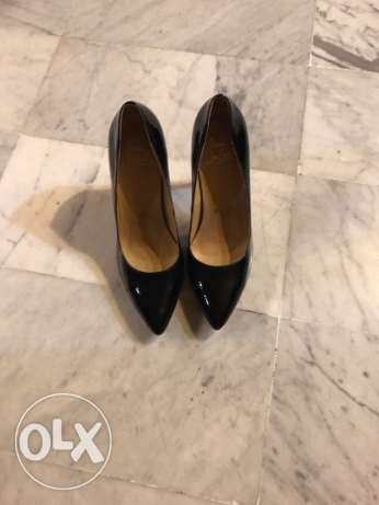 shoes مصطبة -  1