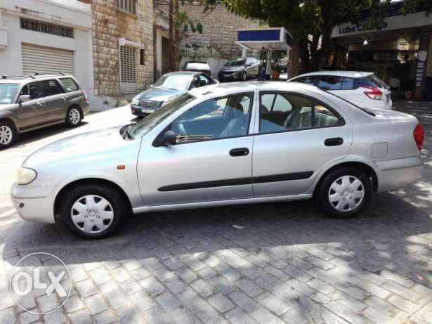 Nissan Sunny 2004 EX SALOON made in Japan
