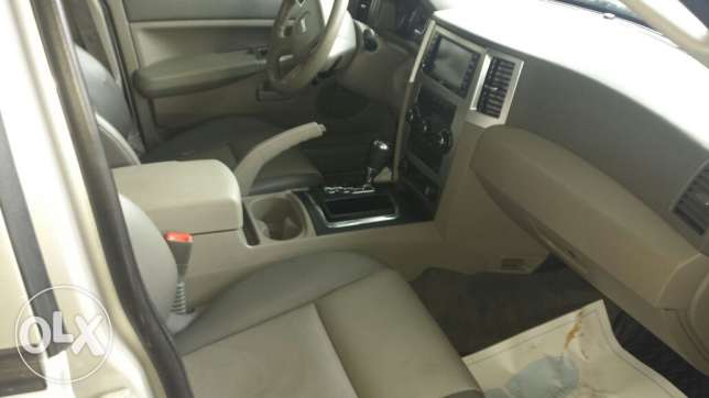 Grand cherokee laredo full option انطلياس -  4