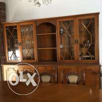 Dressoir and dinning table for sale