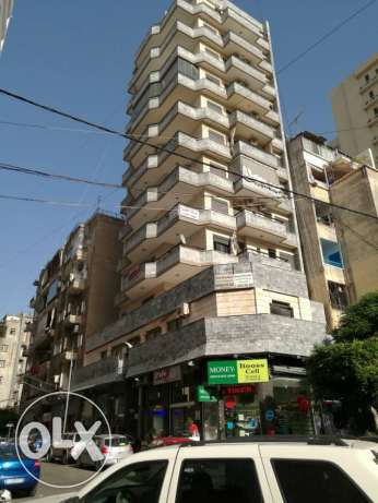Apartment for rent ,hamra, intersection commodore & pavilion street.