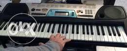 yamaha PSR-170 61-key keyboard with over 100 voices,with learn to pla