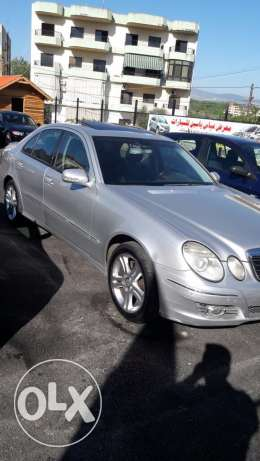 mercedes e320 model 2004 super clean