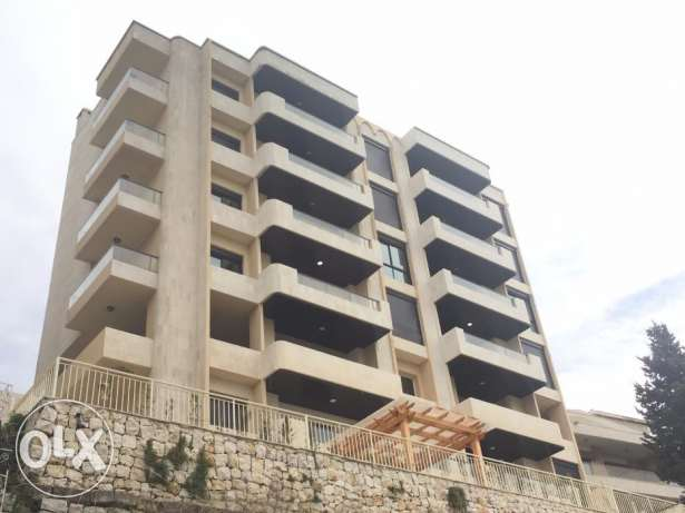 4 Bedroom in Kfour with view of Jounieh Bay كسروان -  2