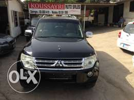 Pajero JLX 2010 Top of the line
