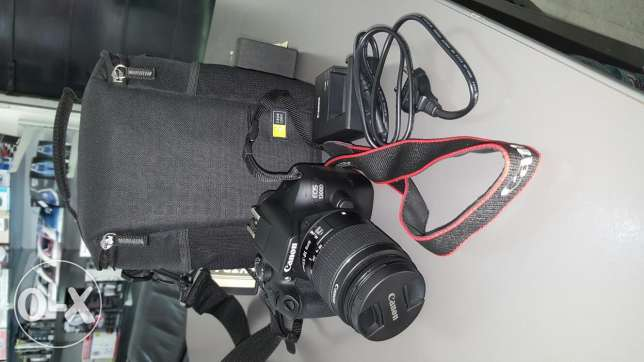 Canon 1300d + case+ memory 8gb 752 pic only