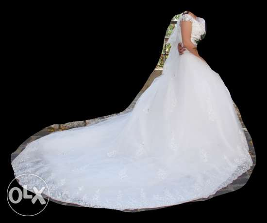 wedding dress for sale كسروان -  2