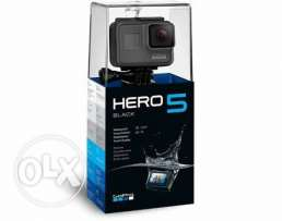 gopro hero 5 black + selfi stick + memory