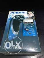 brand new philips electique shaver AQUATOUCH