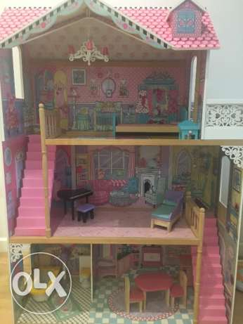 Big Doll House Great Condition