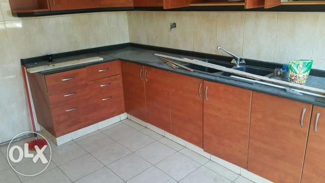 kitchen used for 1years only still new for sales