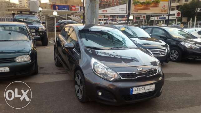Kia rio hatshback f.o mod 2013 black 2 airbag +ABS jnouta 17 like new جديدة -  3