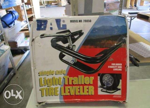 Light Trailer Tire Leveler