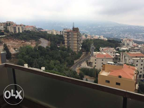 3 bed rooms apartment fo sale in ballouneh شقة اليع بلونه بلونة -  8