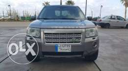 Land Rover LR2//Full option no accidents,new tiers perfect condition