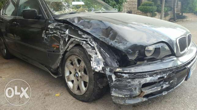 Car for sale after accident.. bmw newboy mod 99 msalaha cherke 4000$ جديدة -  3