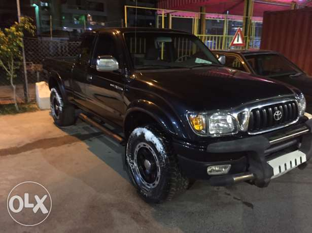 toyota tacoma 2001 4wd no accident black حارة صيدا -  2