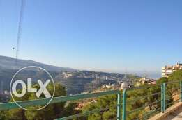 Spacious office in Mansourieh