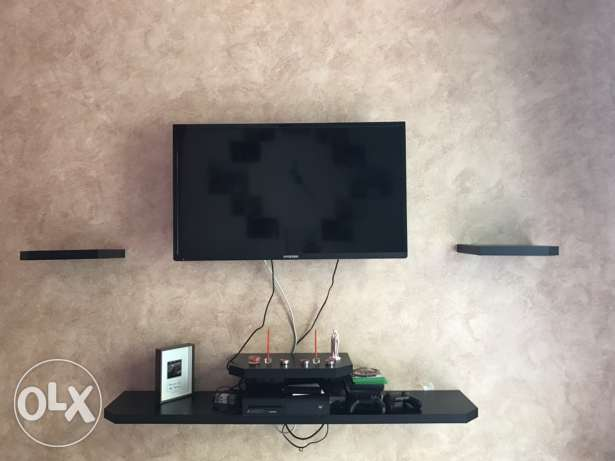 LED TV+ movable stand + console